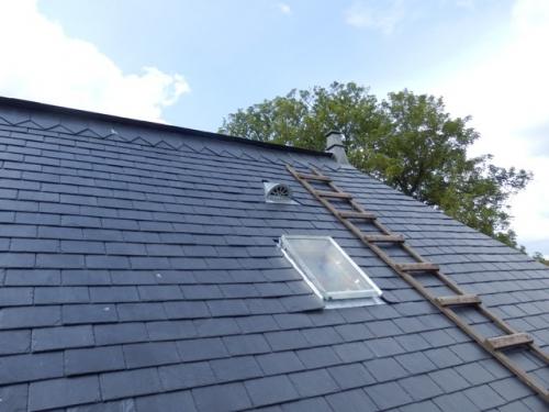 Sarl s bastien ritouet travaux de couverture et for Comment monter sur un toit